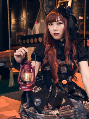 石絮絮's 「Halloween」themed photo (2018/10/31)