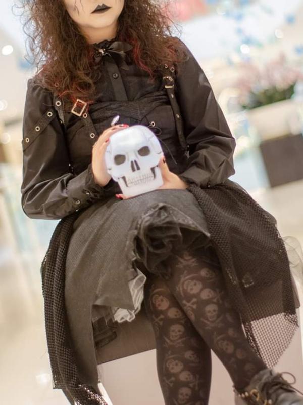 Qiqi's 「Halloween」themed photo (2018/11/11)
