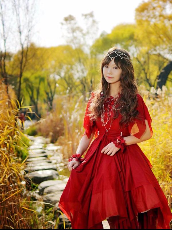 Yushiteki's 「Lolita」themed photo (2018/11/13)