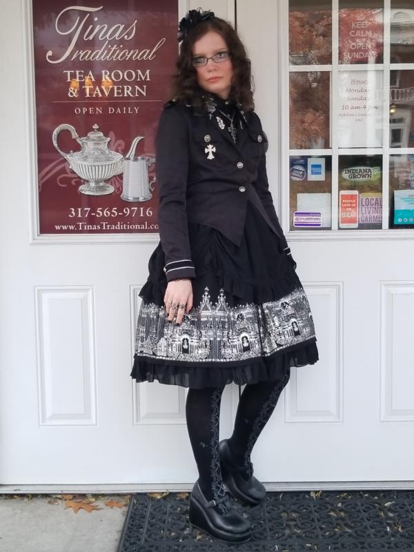 是Dawn以「Gothic Lolita」为主题投稿的照片(2018/11/18)