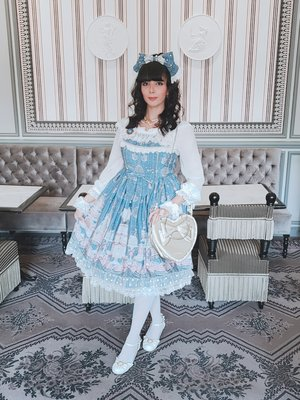 Eugenia Salinas's 「Lolita」themed photo (2018/11/22)
