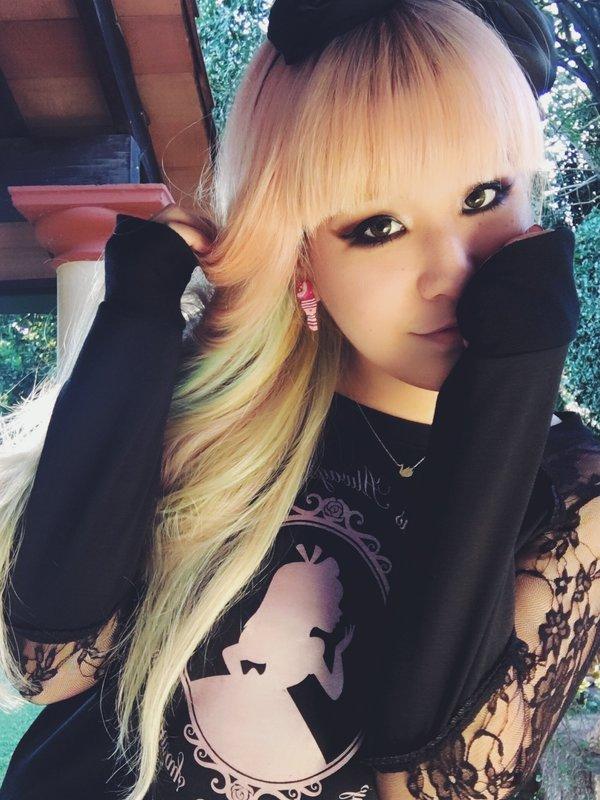 MelTevez's 「Pastel hair」themed photo (2017/05/04)