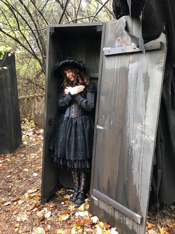 Kristen Okashiの「Gothic」をテーマにしたコーディネート(2018/12/01)