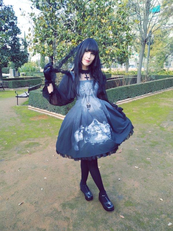 YamiSwan's 「Lolita」themed photo (2018/12/04)
