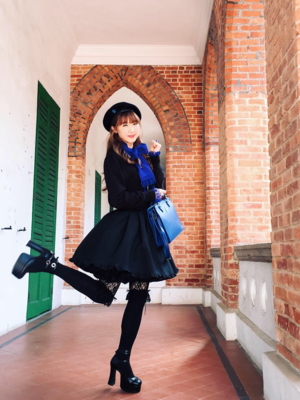 Alice's 「Moi-Meme-Moitie」themed photo (2018/12/20)
