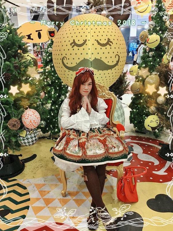 Tanya E's 「Lolita fashion」themed photo (2018/12/24)