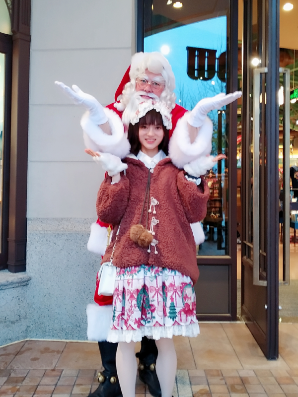 puelra眠_春春春ovo's 「Christmas」themed photo (2018/12/30)
