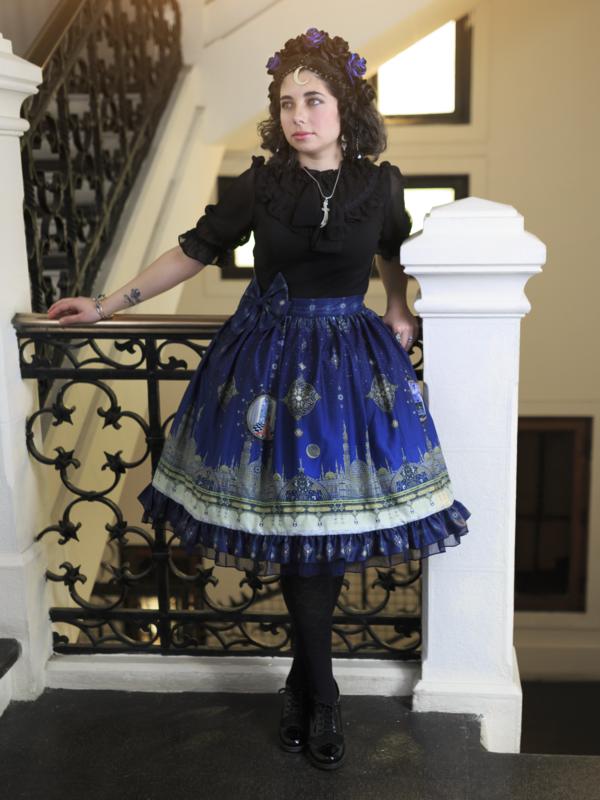 Catalina Segovia's 「Lolita fashion」themed photo (2019/01/03)