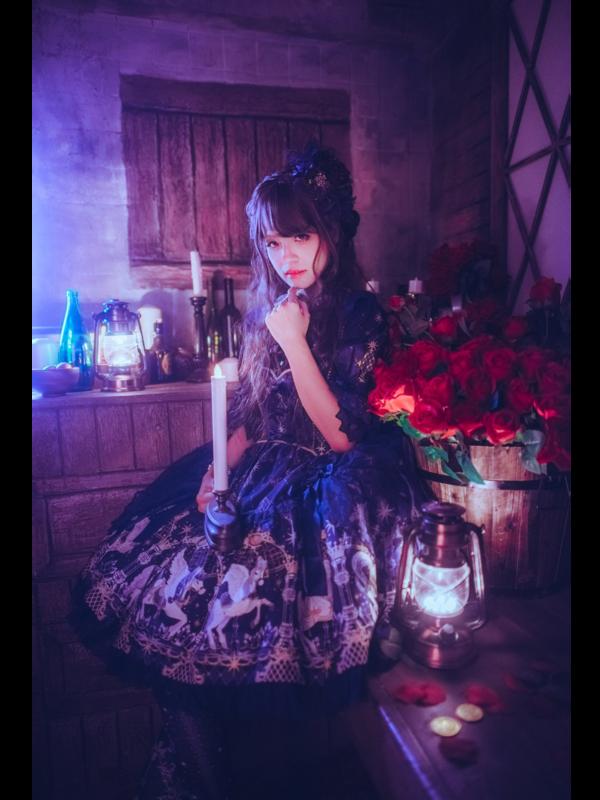 林南舒's 「Lolita」themed photo (2019/01/08)