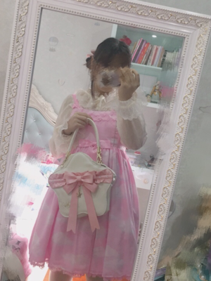 彩虹屁女孩の「Lolita」をテーマにしたコーディネート(2019/01/12)
