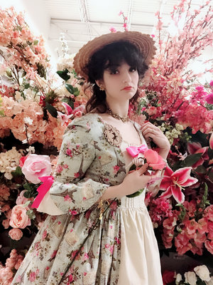 Madeline Hatter's 「Lolita」themed photo (2019/01/18)