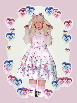 拜食's 「Lolita」themed photo (2019/01/21)