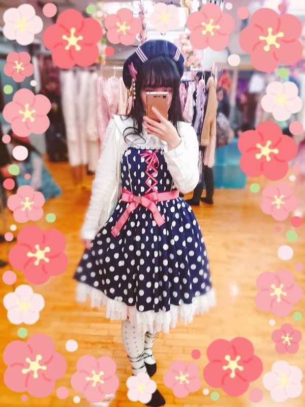 望's 「Lolita fashion」themed photo (2019/01/23)