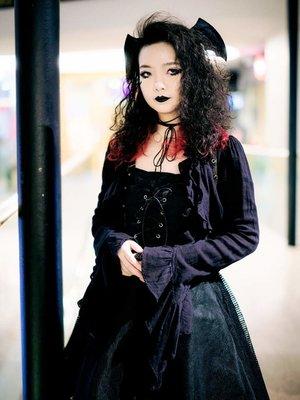 Qiqi's 「Gothic Lolita」themed photo (2019/01/29)