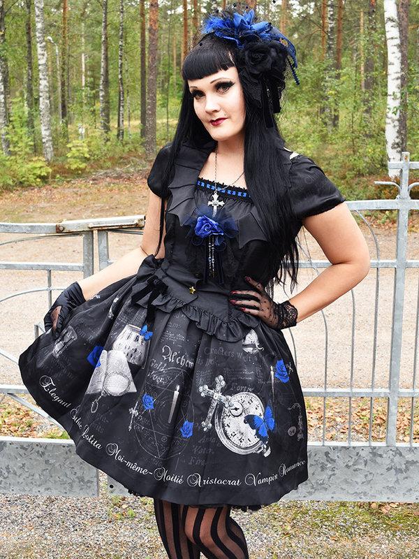 Marjo Laine's 「Gothic Lolita」themed photo (2019/02/09)