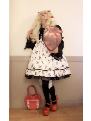 是Anaïsse以「Angelic pretty」为主题投稿的照片(2019/02/17)
