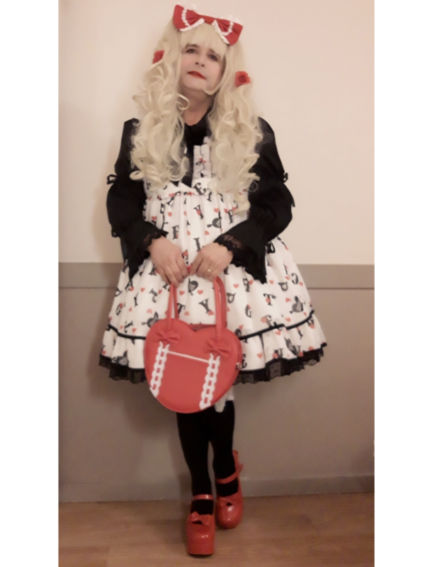 Anaïsse's 「Lolita fashion」themed photo (2019/02/17)