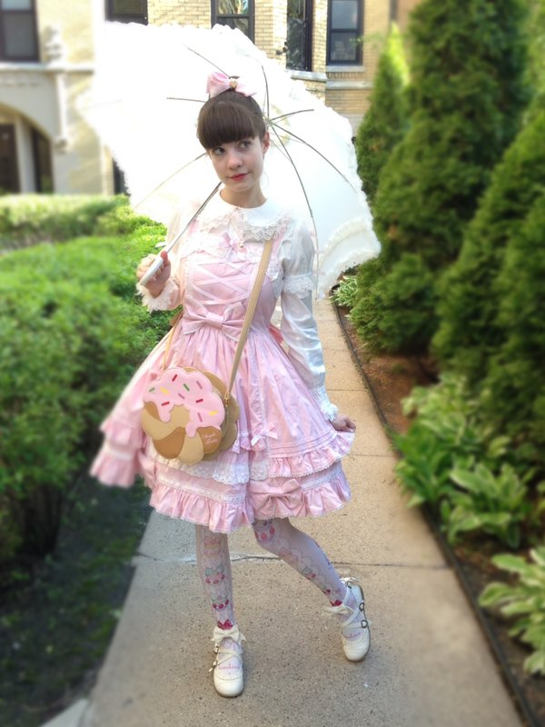 Alice's 「Angelic pretty」themed photo (2017/05/14)