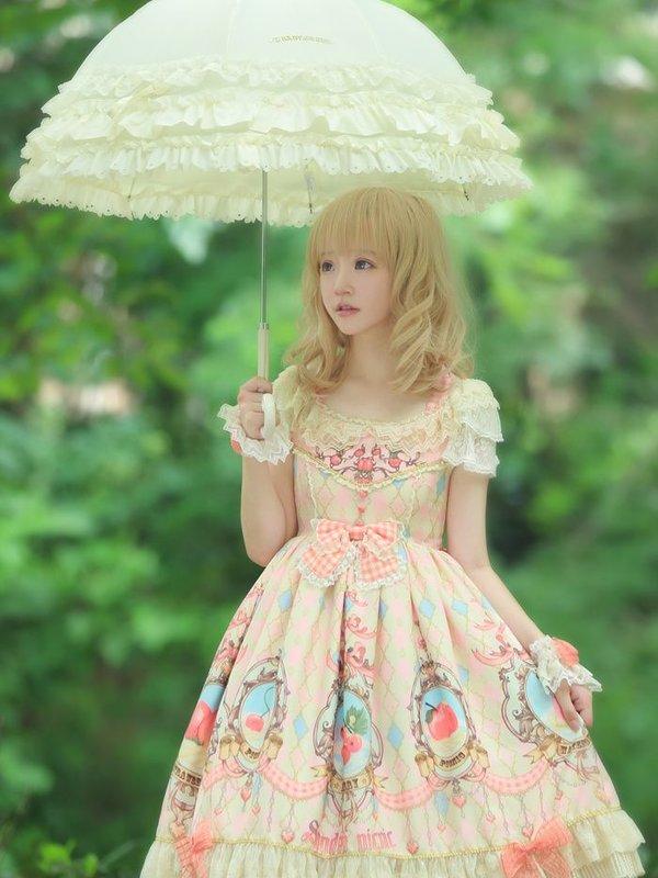 リカの「Lolita fashion」をテーマにしたコーディネート(2019/02/23)