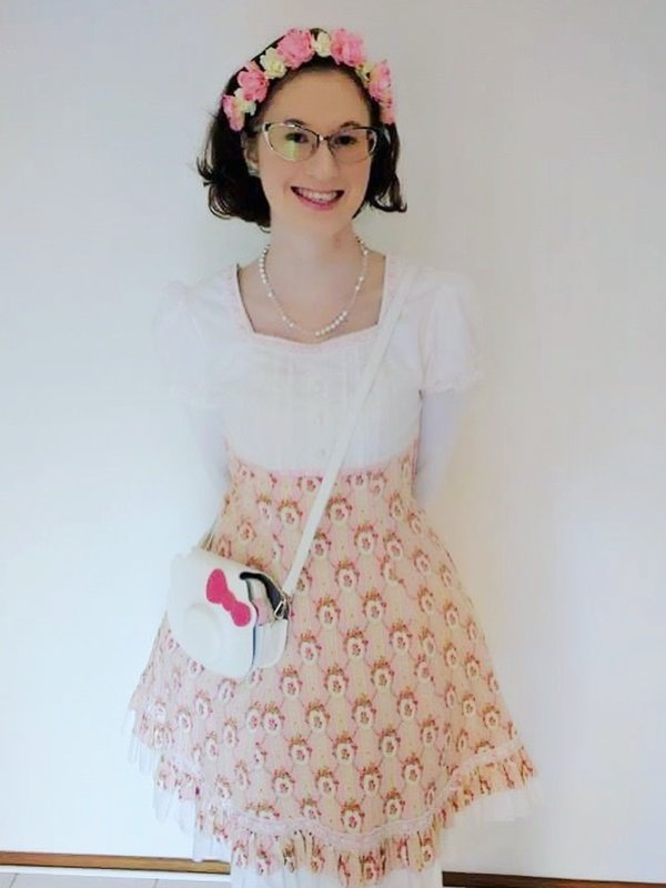 是MagicalGirlUsagi以「Classic Lolita」为主题投稿的照片(2017/05/21)