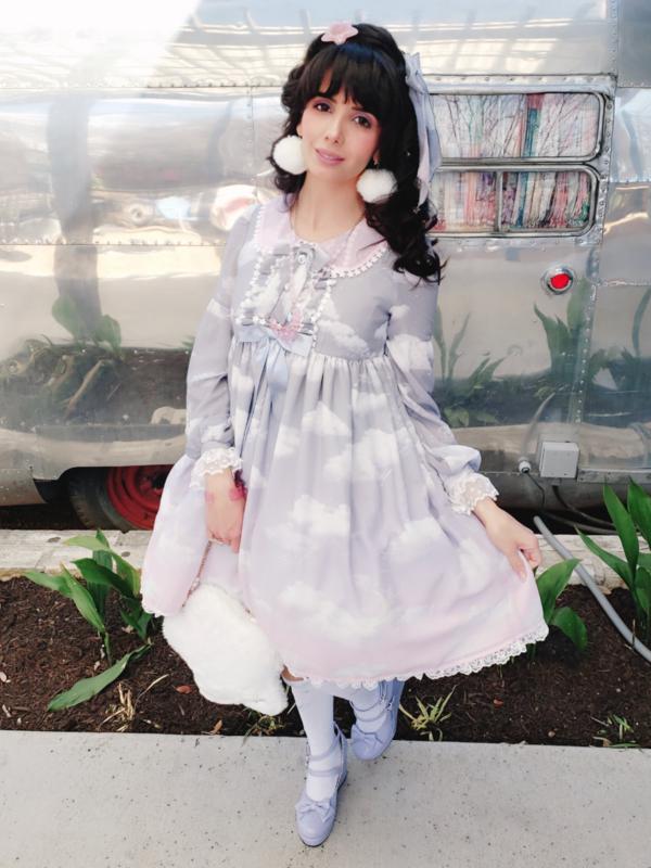 Eugenia Salinas's 「Lolita」themed photo (2019/03/17)