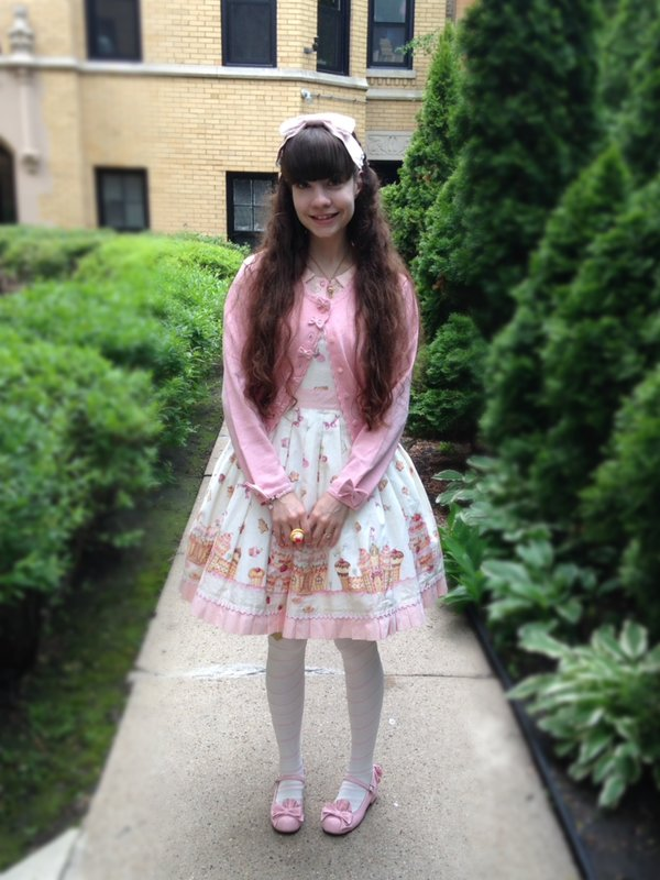 是Alice以「Angelic pretty」为主题投稿的照片(2017/05/29)