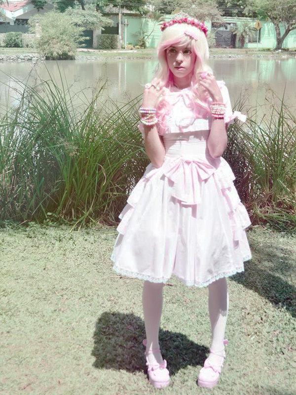 Nisi Satouri's 「Alice」themed photo (2019/04/09)