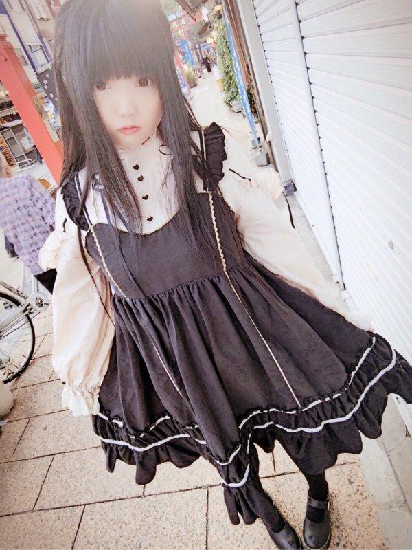 シツ's 「Lolita」themed photo (2019/04/18)