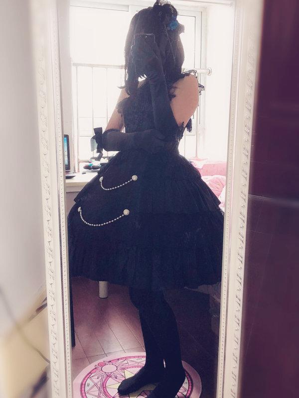 是透明雨中曲以「Lolita」为主题投稿的照片(2019/04/21)