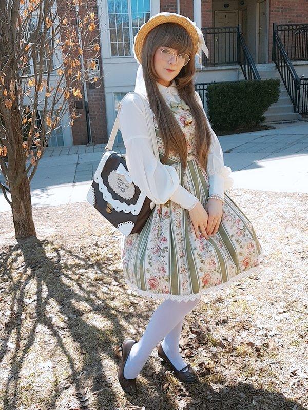 Mystia's 「Lolita」themed photo (2019/04/23)