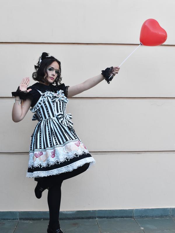 Sandra Vallejos's 「Lolita」themed photo (2019/05/12)