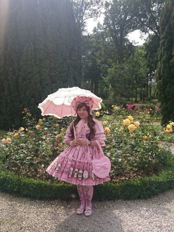 Soonji's 「Lolita fashion」themed photo (2019/05/23)