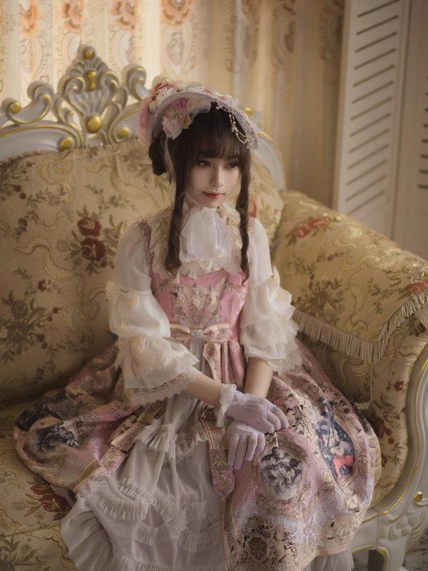 是麓昤以「Lolita fashion」为主题投稿的照片(2019/06/01)
