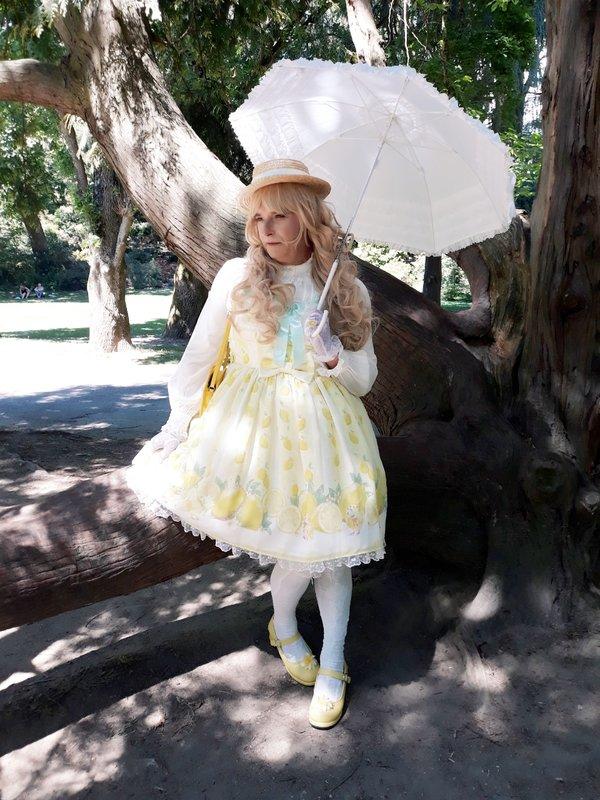 Anaïsse's 「Lolita」themed photo (2019/06/03)
