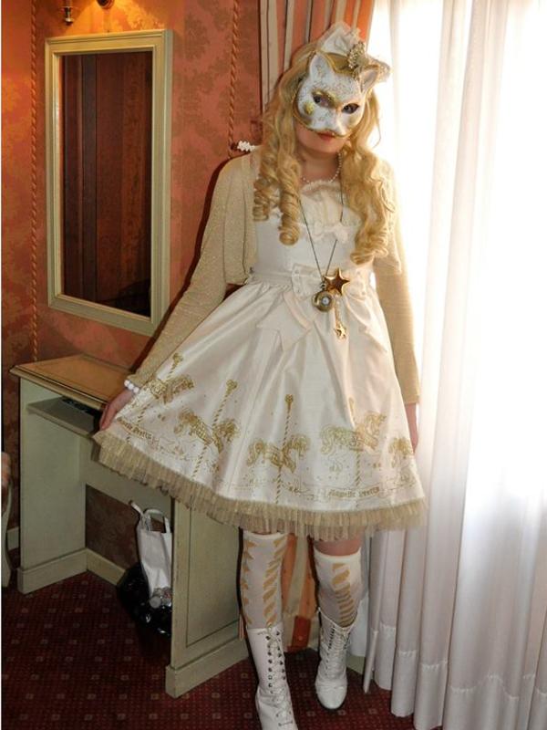 Lina Nekolitaの「Lolita」をテーマにしたコーディネート(2019/06/12)