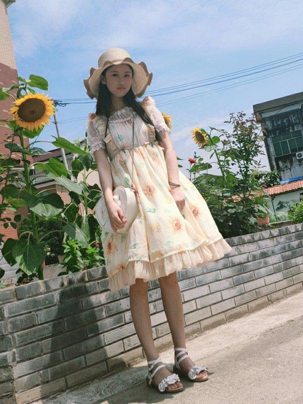 锦鲤本鲤啾咪's 「Lolita」themed photo (2019/06/18)