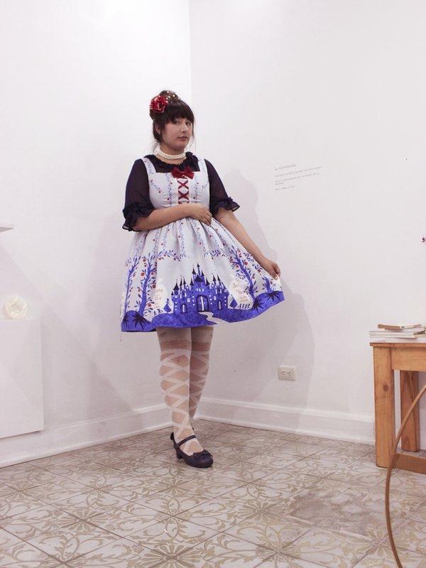 Vanessa Huaytan's 「Lolita」themed photo (2019/06/19)