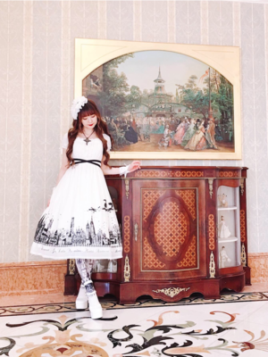 Alice's 「Moi-Meme-Moitie」themed photo (2019/06/22)