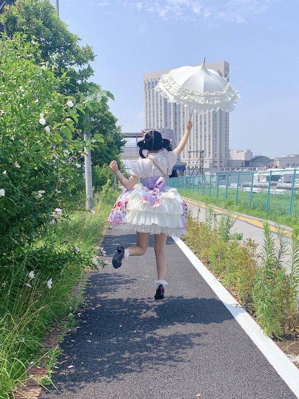 舞's 「Sweet lolita」themed photo (2019/08/09)