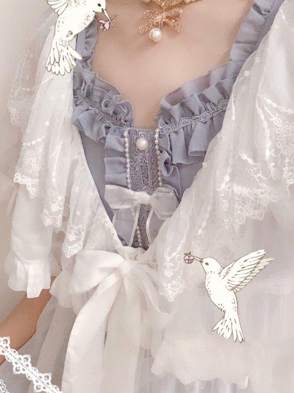 Hitomi's 「Lolita」themed photo (2019/09/01)