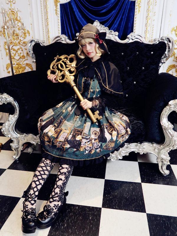 是林南舒以「Lolita fashion」为主题投稿的照片(2019/09/18)