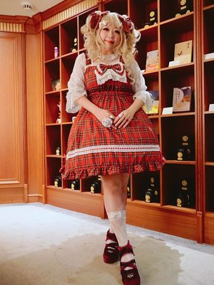 Rita Huang's 「Lolita fashion」themed photo (2019/09/25)
