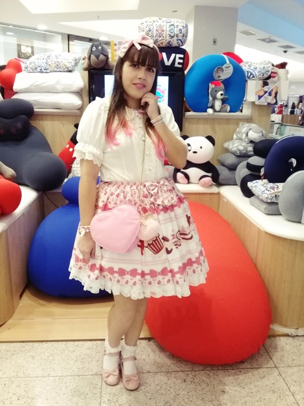 Jessica's 「Lolita」themed photo (2019/10/10)