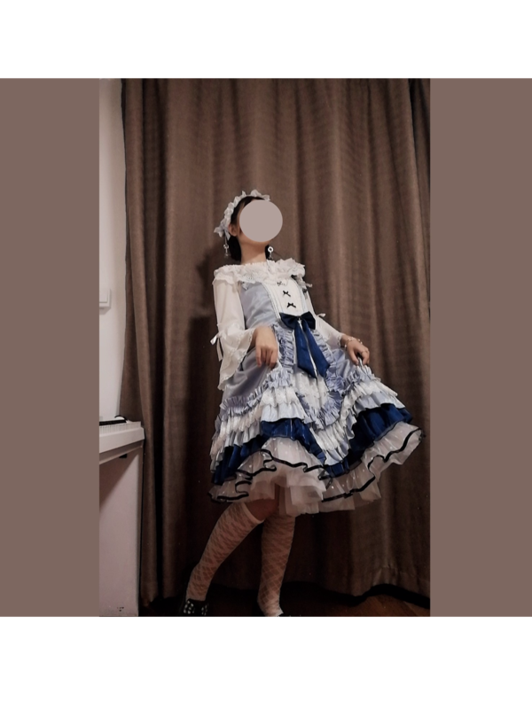 Sui 's 「Lolita」themed photo (2019/10/12)