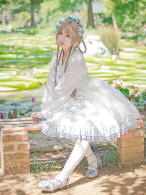 兔小璐's 「Lolita」themed photo (2019/10/23)