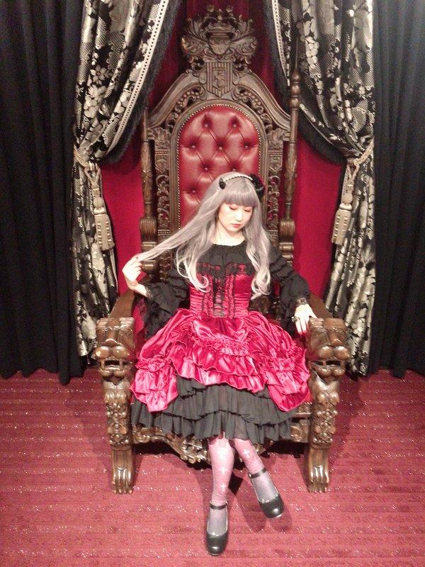 Evaの「Gothic Lolita」をテーマにしたコーディネート(2019/10/31)