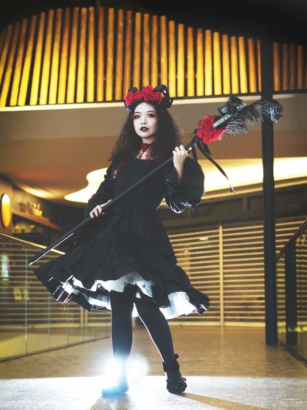 Qiqi's 「Lolita」themed photo (2019/11/28)