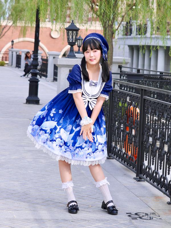 舞's 「Sweet lolita」themed photo (2019/12/19)