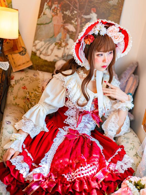 芜凉Kiyo's 「Lolita」themed photo (2019/12/25)