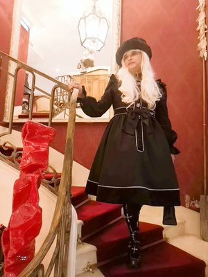 Anaïsse's 「Lolita fashion」themed photo (2019/12/30)